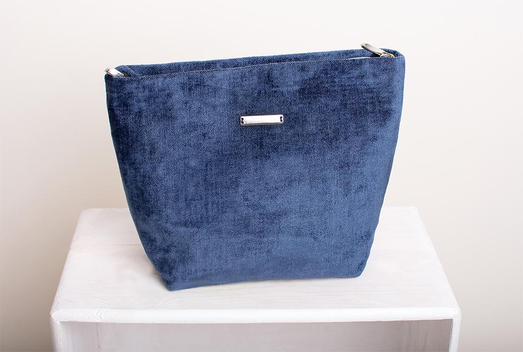 kosmetyczka niebieska prezent
