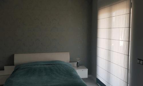 roleta rzymska sypialnia